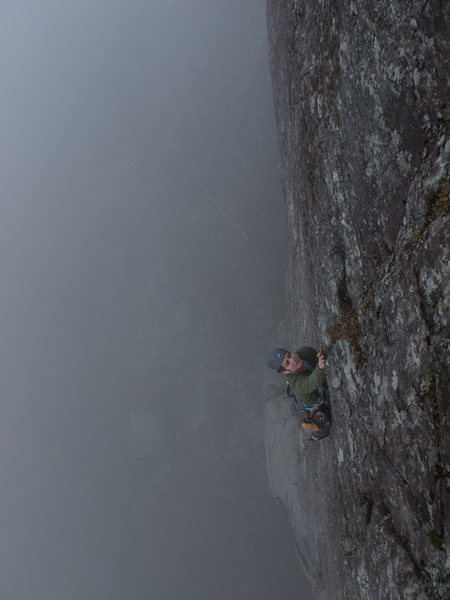 Rock Climbing Photo: Leading P2 in foggy/damp conditions.