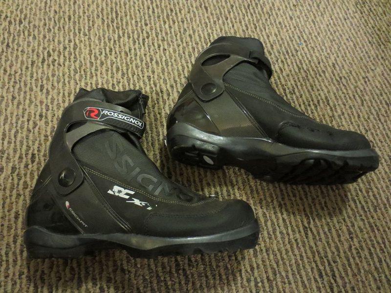 Rock Climbing Photo: Rossignol X-7 cross country ski boot. Size 45.