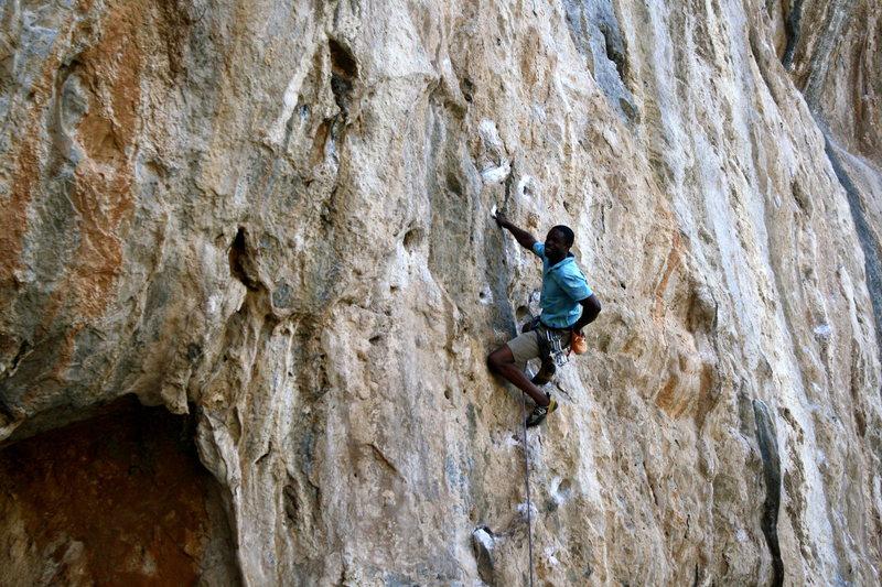 "Rock Climbing Photo: Loving ""Meltemi""'s jugs(7a+/5.12a)."