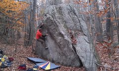 Rock Climbing Photo: Peter on an unknown V1. The arete problem folows t...