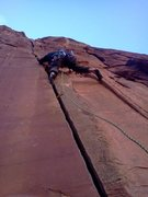 Rock Climbing Photo: Russ on the awesome spliter start
