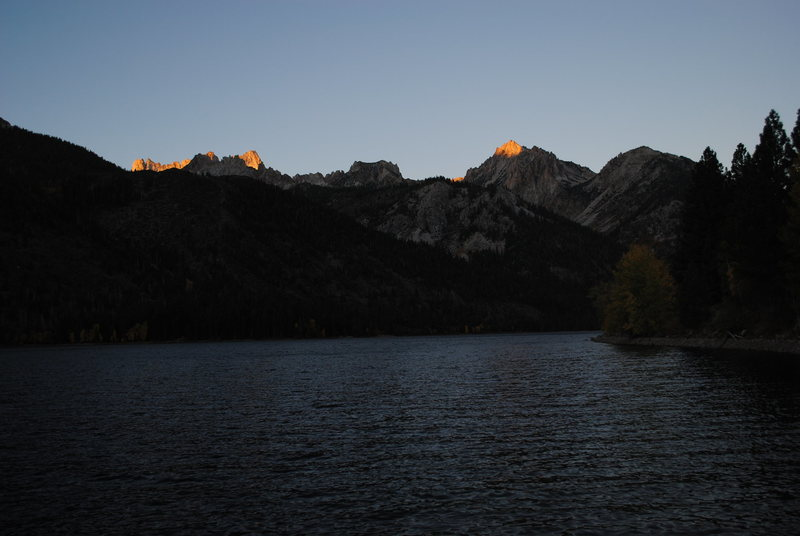 Alpenglow on the Sawtooth Ridge above Twin Lakes