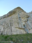 Rock Climbing Photo: Natilik takes the prominent crack system in the ce...