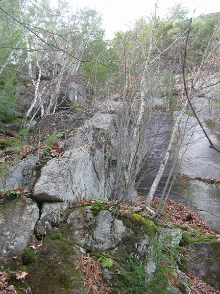Rock Climbing Photo: The route from below, after a brief cleaning with ...