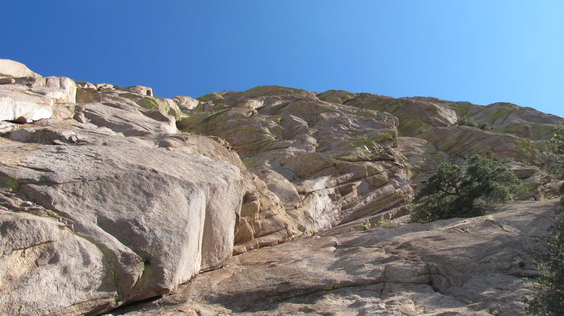 Rock Climbing Photo: Lookin up from the base of The Peacemaker
