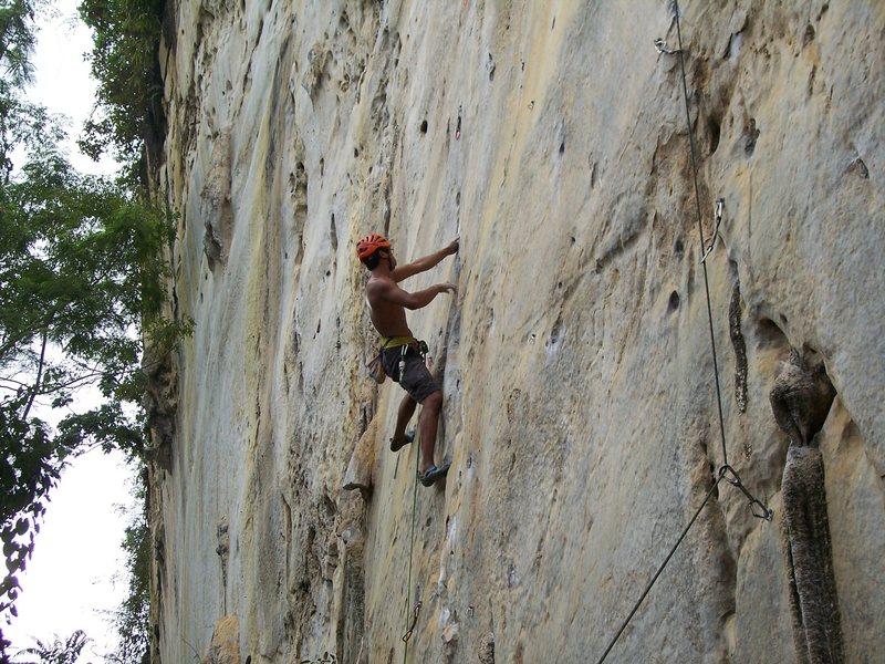 Rock Climbing Photo: Rajiv nearing the 3rd crux