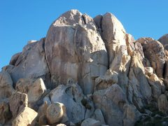 Rock Climbing Photo: The Launch Pad from canyon wash approach