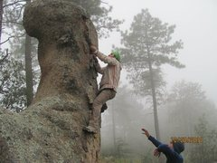 Rock Climbing Photo: Bouldering stop on the way up Browns Peak