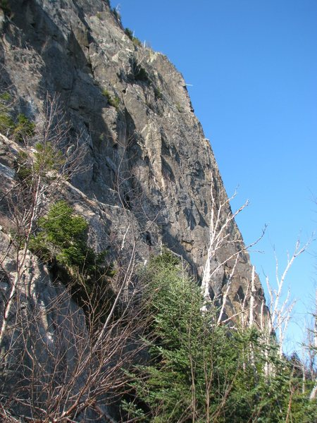 Rock Climbing Photo: Arete maybe 500 ft north of the main Gorilla Head ...