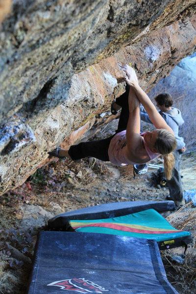 Rock Climbing Photo: Mid-traverse.