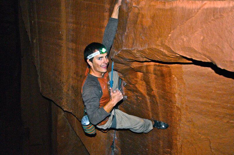 Rock Climbing Photo: Brad Gobright smiles his way through a leisurely n...