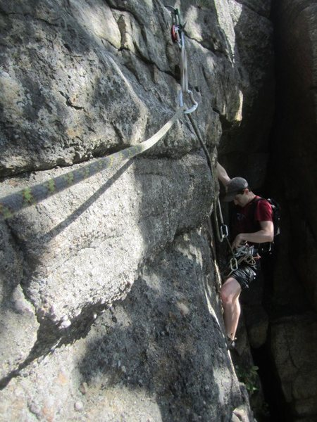 Rock Climbing Photo: RMC's first pitch traverse to the anchor