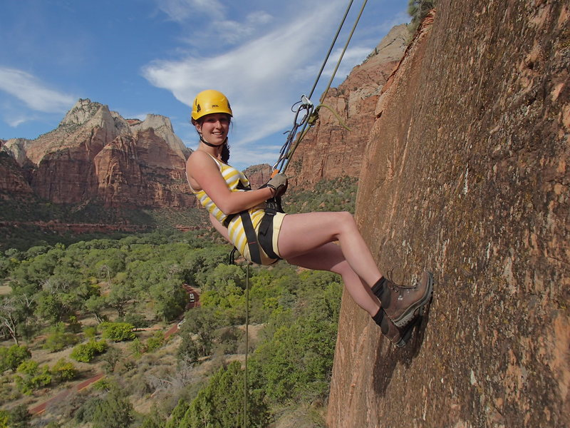Rock Climbing Photo: Rappelling at the Practice Cliffs