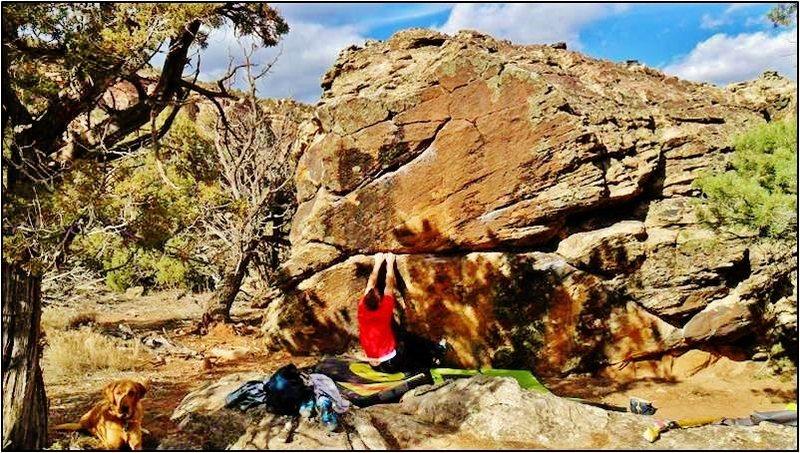 Start position for Va Va Voom problem on the Zevon Boulder.