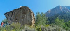 Rock Climbing Photo: highball V1 in Crested Butte Skyland Boulders, Col...