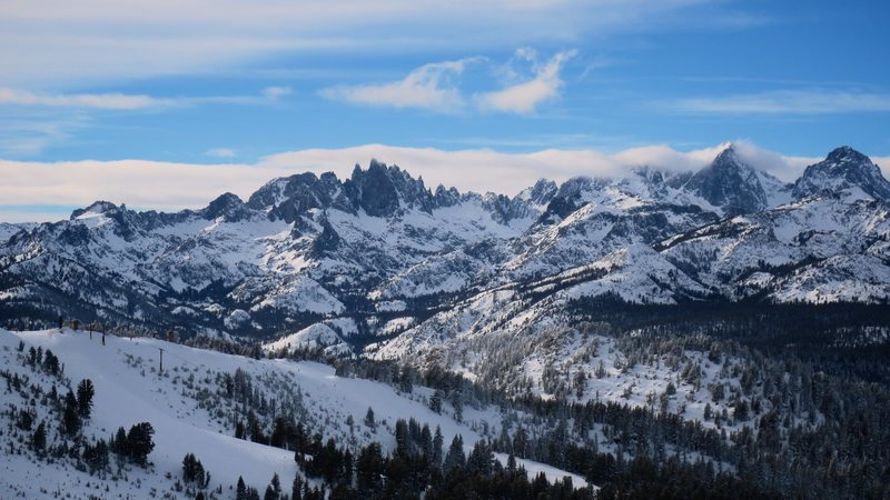 Rock Climbing Photo: The Minarets, Mt Ritter and Mt Banner from the slo...