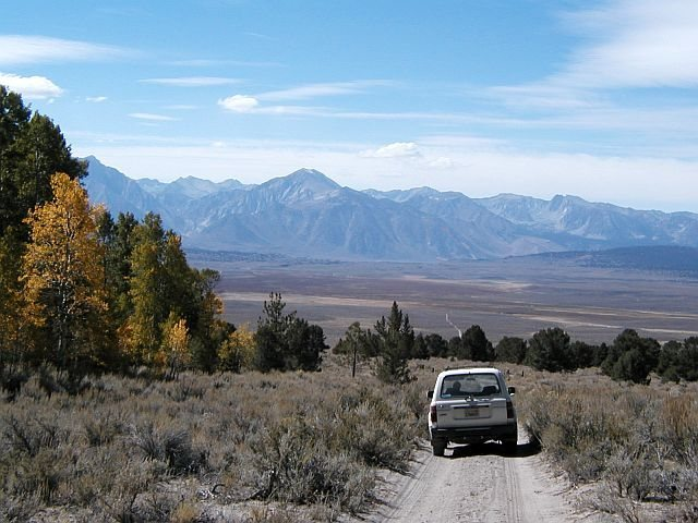 Rock Climbing Photo: Heading back down the road from the Looking Wall, ...