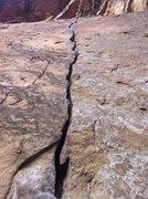Rock Climbing Photo: Knife Crack!