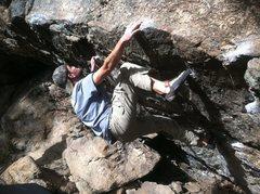 Rock Climbing Photo: Troll Cave (V3), Three Sisters Park.