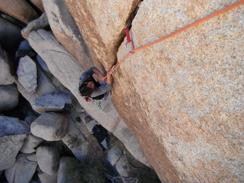 Mark Collar following the overhanging thin-hands crack of the Lemon Slicer 5.11a