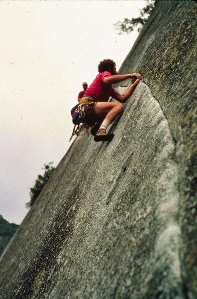 Rock Climbing Photo: Son of sam, apron, Yosemite Nat'l Park. 84'