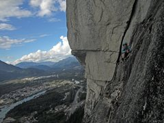 Rock Climbing Photo: Top of Perry's layback - glad it hasn't rained yet...