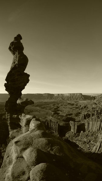 Rock Climbing Photo: Yet another shot of the corkscrew summit of Ancien...
