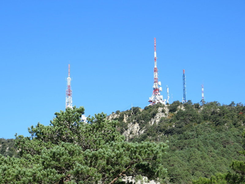 The TV-masts above the Antenes area are visible from Reus.