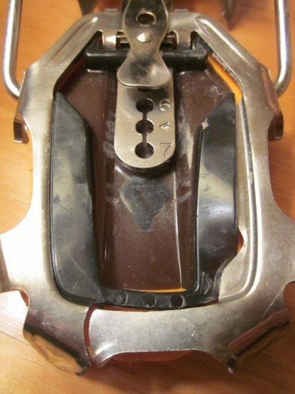 broken BD Cyborg stainless heel piece
