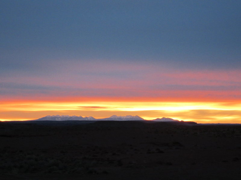 Rock Climbing Photo: Dawn from the camp site .Looking towards the La Sa...