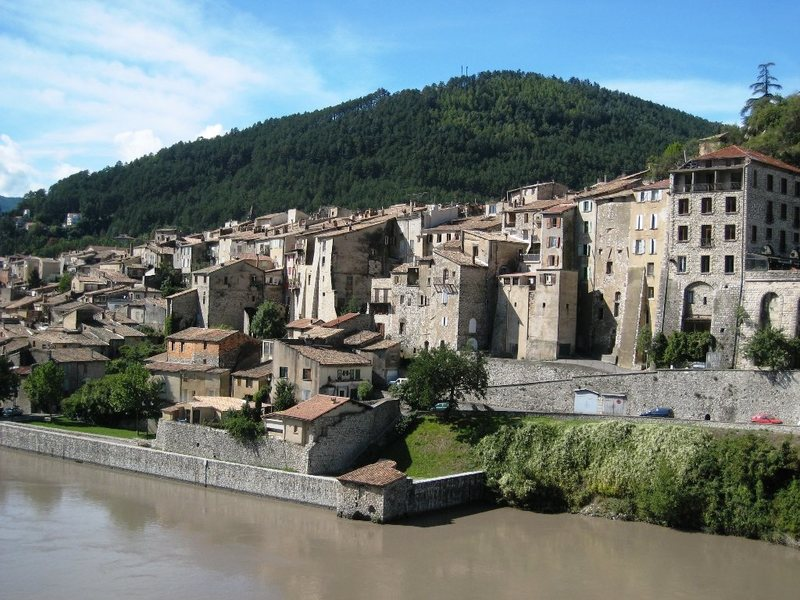 The tightly packed town of Sisteron