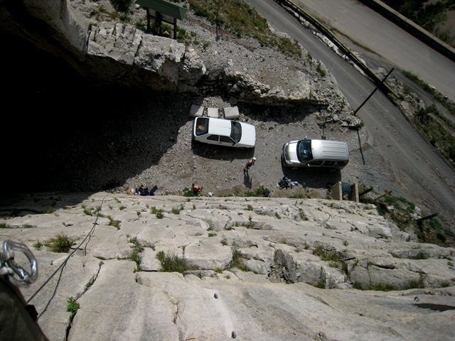 Great parking if you can get it at La Faille, Sisteron.<br> <br> Helpful local climbers moved their car for us...nice!!