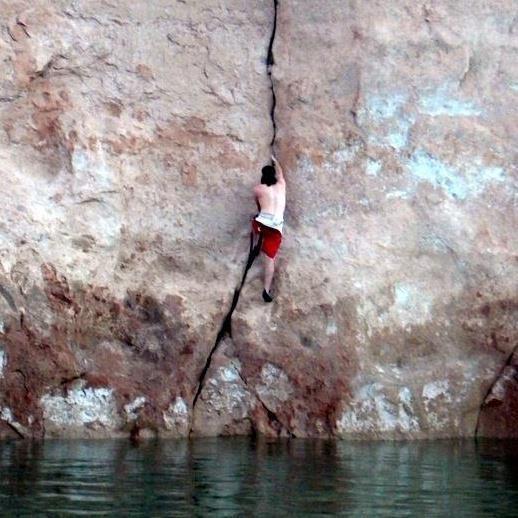 Deep water soloing at lake powel!