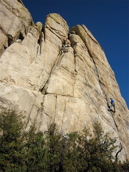 Rock Climbing Photo: Julie Brugger on the route.  Jimbo trying to clean...