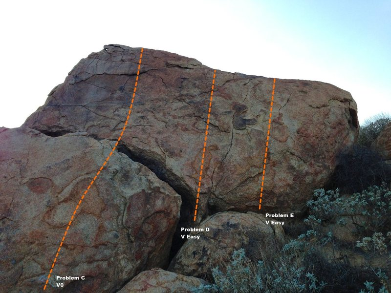 Rock Climbing Photo: Trail Side Boulder 5 - Right Topo