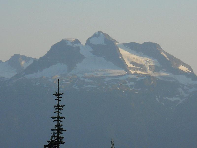 Rock Climbing Photo: MT BEGBIE (2732m)