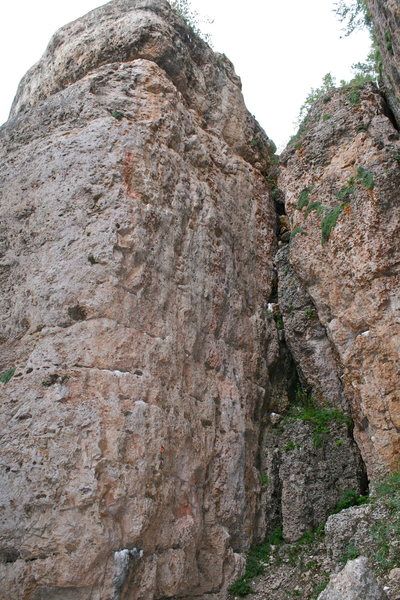Rock Climbing Photo: 40 Days in the Haze 5.11a.  In this photo, there i...