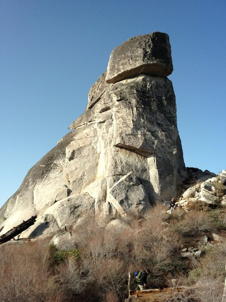 Middle Spire, north side routes.