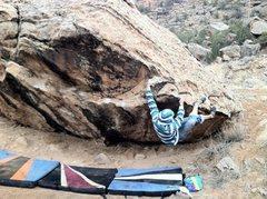 Rock Climbing Photo: Mikie starting Through Painted Deserts.