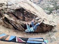 Rock Climbing Photo: Mikie moving into the crux of Through Painted Dese...