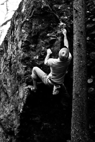"Rock Climbing Photo: Parlier with the FA of ""Crucible"""