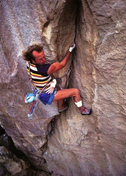 Todd Skinner on The Gunfighter (5.13), Hueco Tanks<br> <br> Photo by Paul Piana