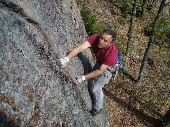 Rock Climbing Photo: Neal Knitel casting for a keeper on Fish Mtn.