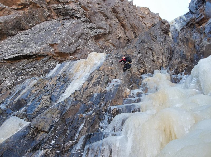 Rock Climbing Photo: Ryan Barber on the traverse, pitch two of the Blac...