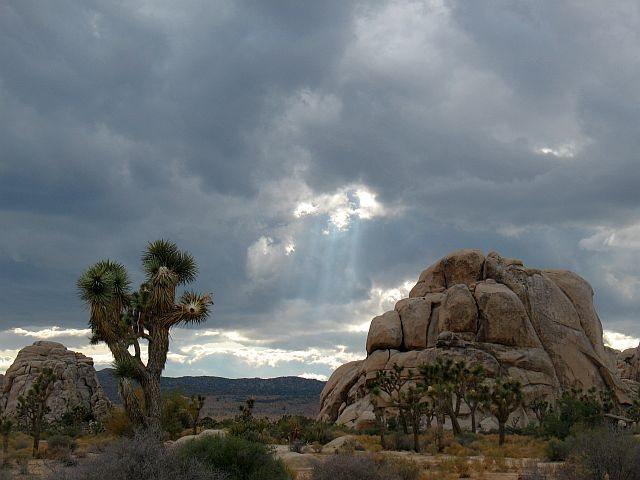 Rock Climbing Photo: Interesting clouds in Hidden Valley CG, Joshua Tre...