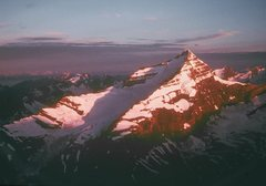 Rock Climbing Photo: Sunrise on Whitehorn, start of our 2nd day on the ...