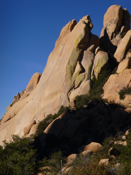 Rock Climbing Photo: Double Jeopardy follows the stunning arete