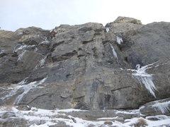 Rock Climbing Photo: FA, purgatorium/Left, WI6/M7. Highway to hell, rig...