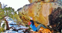 Rock Climbing Photo: Arien at the hueco on Blonde Shades of Marilyn.