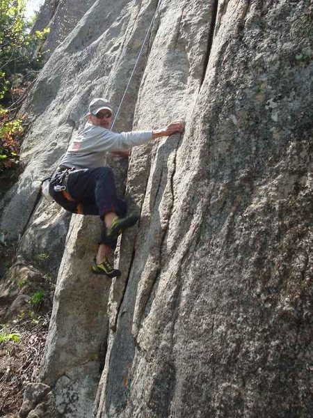 Tom Rosecrans makes the delicate step right at the crux.